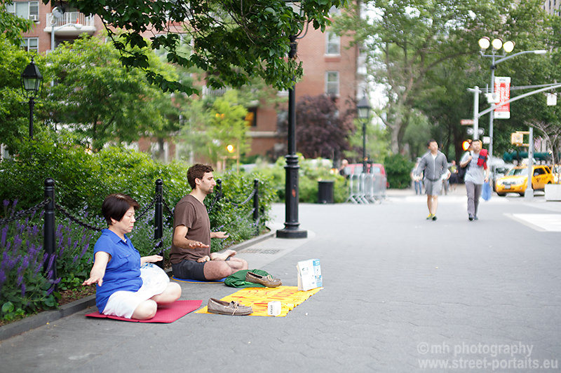 relax in the city - washington square park nyc
