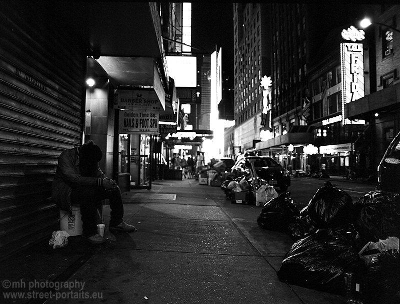 trash - w 46th St nyct